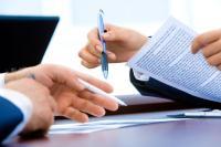 Rédaction d'un contrat de travail : quelles clauses puis-je insérer et pourquoi ?